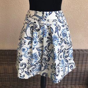 Ann Taylor LOFT Blue White Damask Print Skirt 00